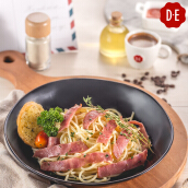 D.E Coffee - Tuna/Smoked Beef Aglio Olio + Any Beverages