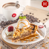 D.E Coffee - Appletart + Ice Cream + Any Beverages