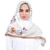 KAMILAA by ITANG YUNASZ Square Hijab - Straight to Orange