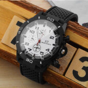 Fashion Design Male Wristwatch Fashion Stainless Steel Sports Quartz Watches