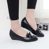 Casual Black Solid LeatherLeather Loafers