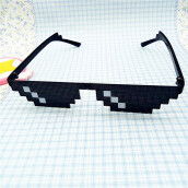 BESSKY Thug Life Glasses 8 Bit Pixel Deal With IT Sunglasses Unisex Sunglasses Toy- Black