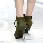 Trendy Army Green Solid Flock Boots