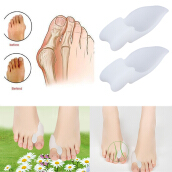 2pcs Silicone Gel Foot Pad Stretch Corrector Alignment Toe Bone Insole
