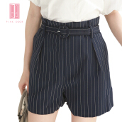 Pink Door Round Buckle Belt Stripes Short Pant-Navy Navy Blue All Size