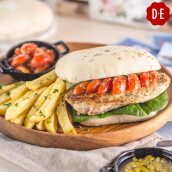 D.E Coffee - Grilld Chicken Sandwich + Any Beverages
