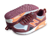 RECORD Air Trax Sepatu Men Running Shoes Maroon/ Orange
