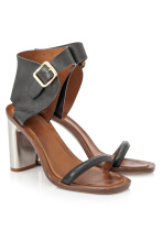 Pre-Owned Céline Leather Sandals