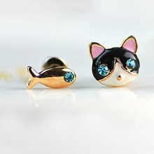 Farfi 1 Pair Korean Women Cute Cat Fish Rhinestone Stud Earrings Fashion Jewelry