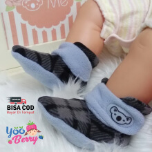 Cuddle Me Sepatu Prewalker Bayi Fitted Booties Monochrome