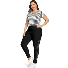 Fashionmall Plus Size Lace Up Leggings with Grommet