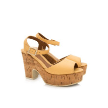 Pre-Owned Fendi Cork Platform Wedges