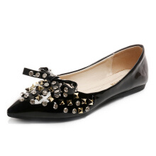 Rhinestone Bowknot Rivet Pointed Toe Flats Black 38