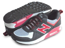 RECORD Air Trax Sepatu Men Running Shoes Hitam/Merah