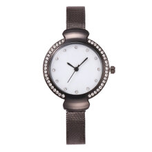Quartz watches Men's Watch Fashion Rhinestone Decoration Quartz Movement Wrist Watches Hitam