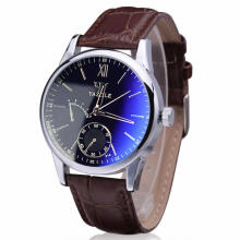 New fashion Men watch sports watch business men and women watch waterproof watch
