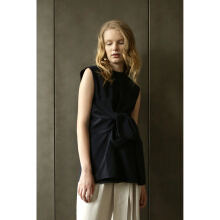 SHOP AT VELVET Revel In Nostalgia Oblivion Top - Navy [All Size]