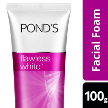 POND'S Flawless Deep Whitening Facial Foam 100g