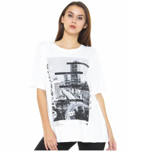 DAMN! I LOVE INDONESIA Jakarta NightView White Female Tees - White