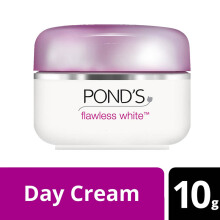 POND'S Flawless Lightening Day Cream SPF18 PA 10g