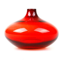 BLOOM & BLOSSOM Glass Vase 04341 (Kecil) - Red