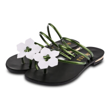 Sweet Floral Embellishment Ladies Flip-flop Beach Sandals