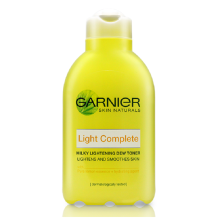 GARNIER Light Complete Toner - 150ml