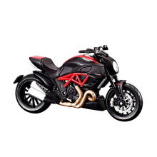 DUCATI DIE CAST DIAVEL CARBON 1:18