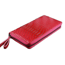 Hot new snakeskin pattern wallet long section of high-end women clutch bag zipper bag RED