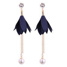 Fabric Leaves Zirconia Imitation Pearl Linear Drop