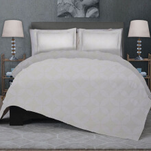 CELINA Sprei Set & Quilt Cover King - Royal Kawung White - 180x200x40cm