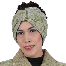 SHE BATIK Turban Batik Motif Floral Lime Green