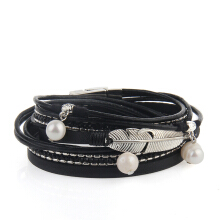 Hot Selling New Fashion Summer Wind Personality Multilevel Cowhide Pearls Feather Bracelet
