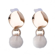VOITTO Fashion Jewelry Vonly Plaque Pompom V26 Earrings [White]