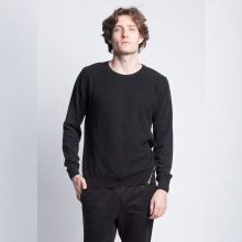 Distort Sweater-Black