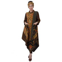 SHE BATIK Dress Batik Tulis Asimetris - Black