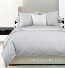 KING RABBIT Set Seprei Sarung Bantal Queen Motif Garis Gaultier white/ 160x200x40 cm White