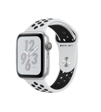 Apple Watch Series 4 GPS Nike 44mm Silver Pure Platinum Black