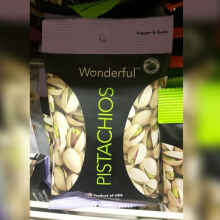Cemilan Aja - Kacang pistachios pepper and garlic pistachios wonderful 50 gram*1