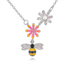 murtoo Women's Bee Flower Crystal Necklace White