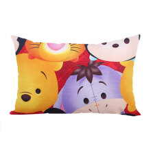 KENDRA Cushion Tsum Tsum Big Pooh and Mickey 30x45cm - Red