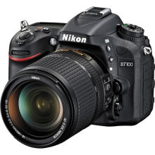 Nikon D7100 KIT AF-S 18-140mm VR - Black