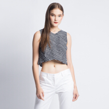 ART.TIK-CROPPED SLEEVELESS-Black