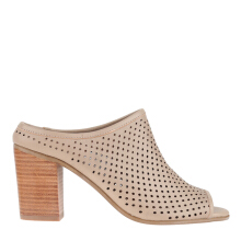Hush Puppies Jennifer Ii In Taupe