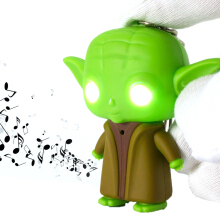 BANGLONG 2pc Led Sound Figure Toys Flashlight Keychain -One Size -Master Yoda