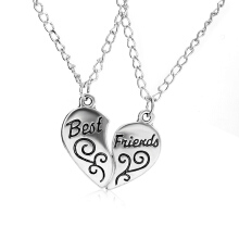 Anamode 1Pair Heart Necklace Best Friend Letter Pendant Necklace Women Girls Jewelery