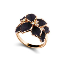 Jantens Jewelry Ring Austrian Crystal Black Enamel Flower Wedding Rings For Women black/white