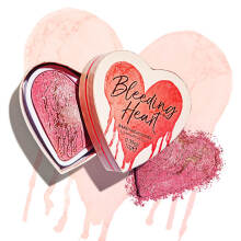 Makeup Revolution I Heart Revolution Bleeding Heart Highlighter