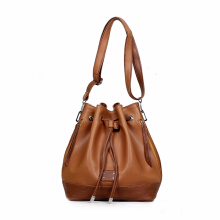 Ceviro Innari Bucket Bag Brick