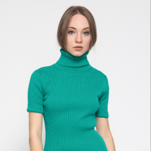 Noir Sur Blanc Turtleneck Green Short Sleeve - Hijau Tosca